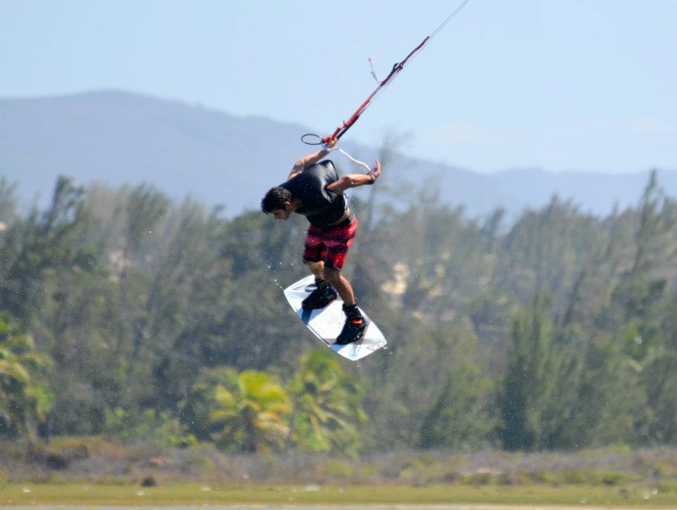 Алекс Пастор катает в Кумбуко, Lagoa do Cauipe